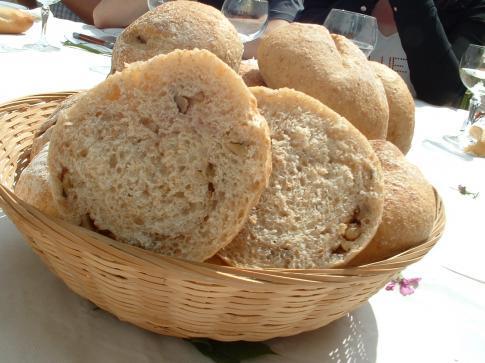 mie pt pains aux noix