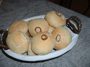 petits pains nature et aux oignons